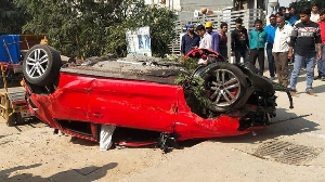 Second major accident on new Gacchibowli flower as car falls off on road