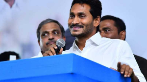 Jagan promises to deliver basic facilities to doorstep